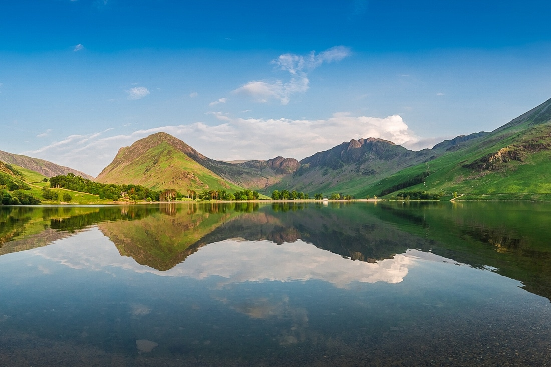 8 AMAZING Reasons To Visit Great Britain