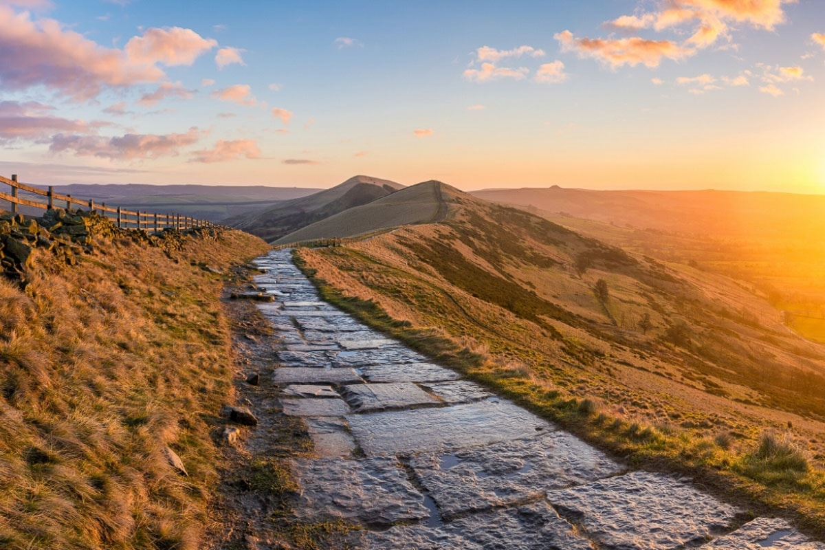The Great Ridge, Peak District, England