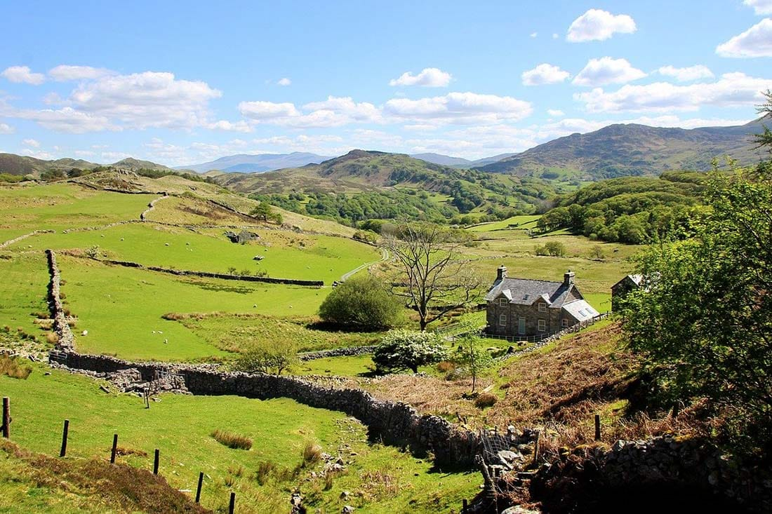 remote holiday cottages in wales