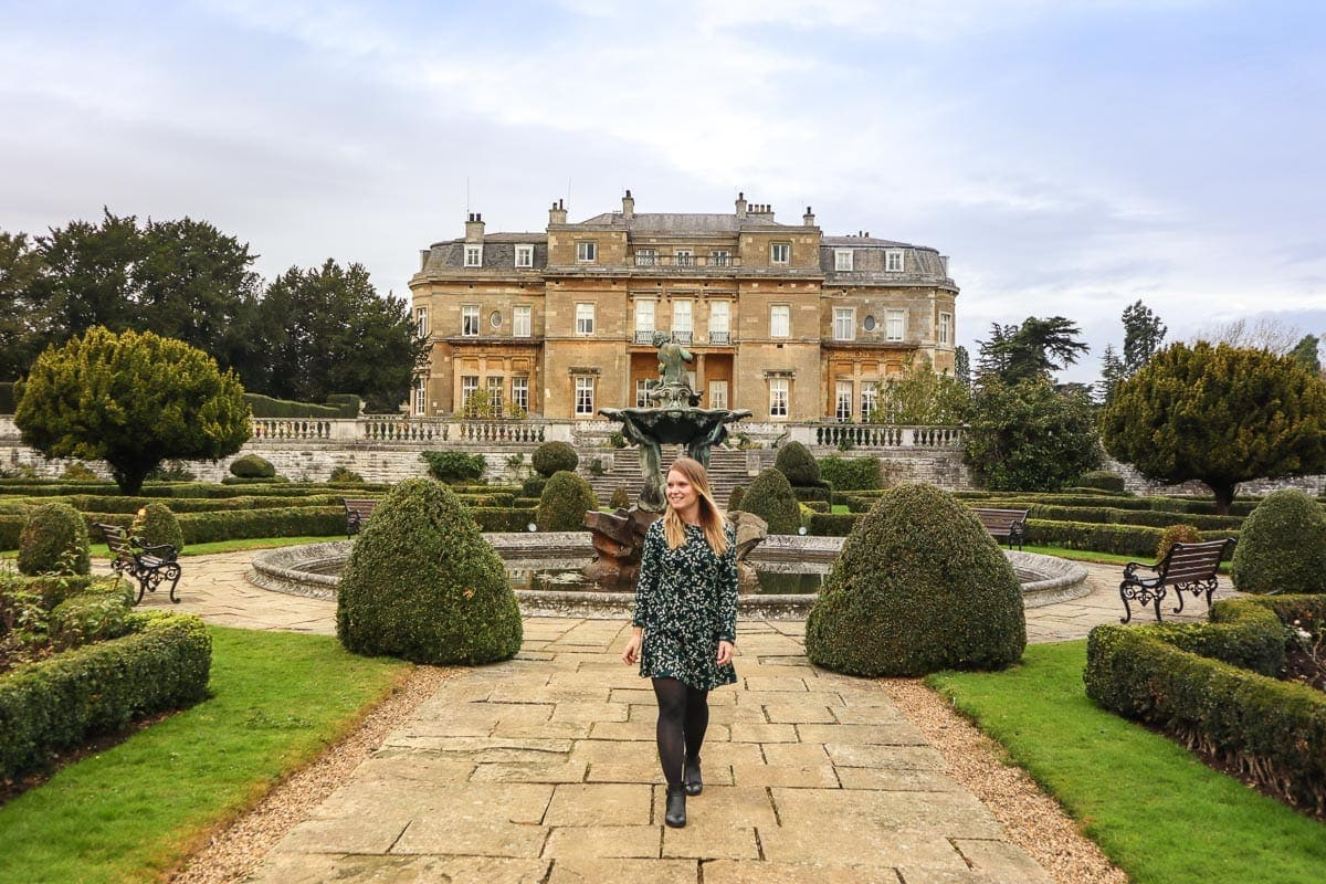 Exploring the grounds at Luton Hoo