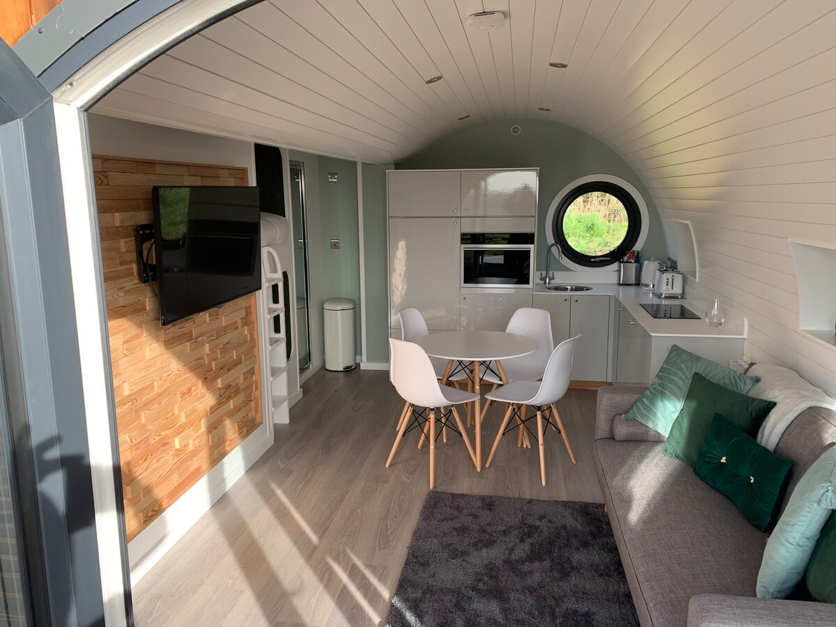The Willow glamping pod, Wales