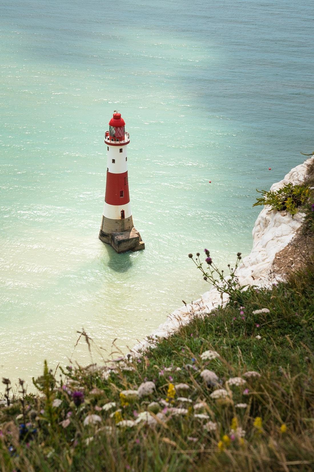 beachy head lighthouse walk