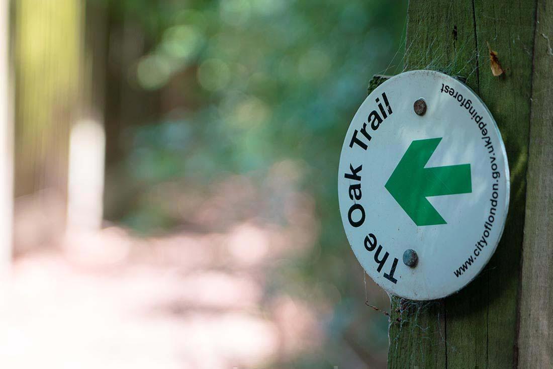 oak trail signs