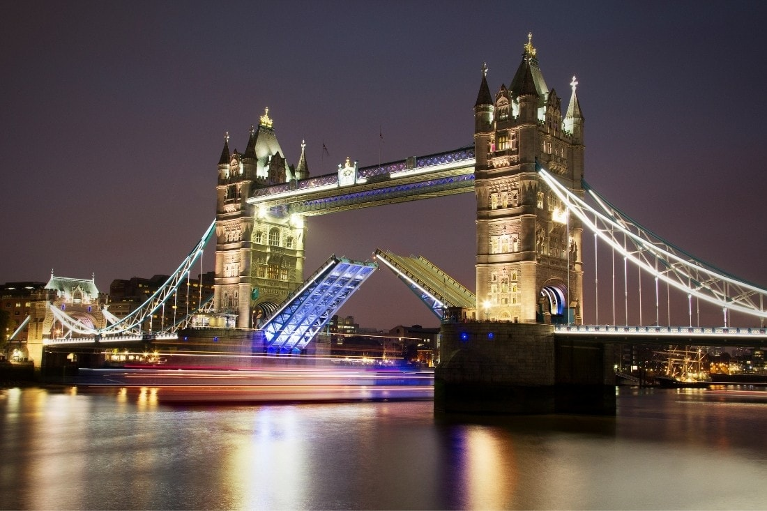 There are plenty of interesting facts about Tower Bridge