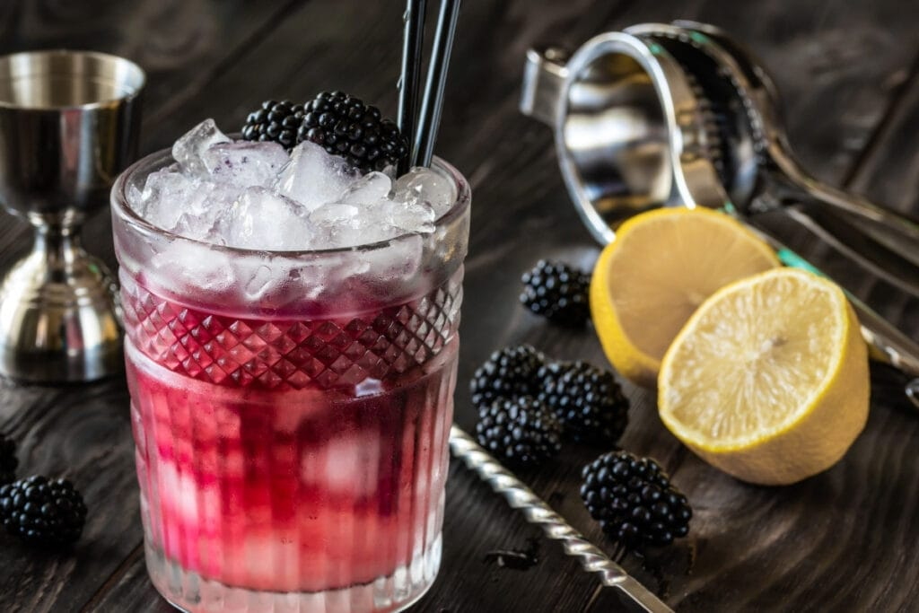 Are you ready to try this Bramble cocktail recipe?