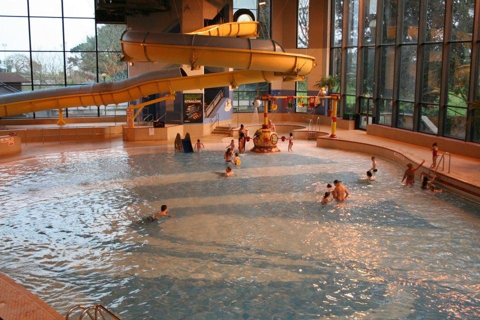 waves leasuire pool