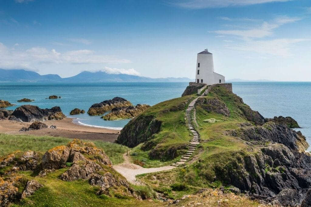 wales travel blogs