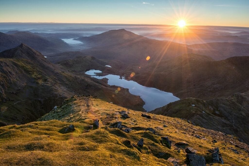 wales travel guides