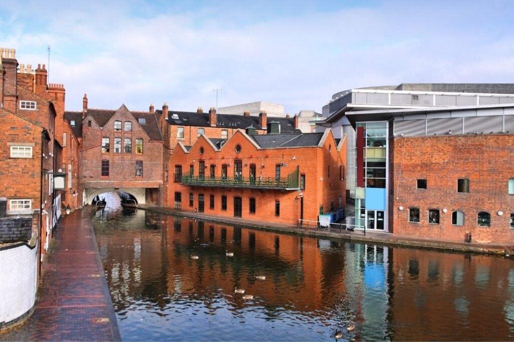 canals in birmingham, england