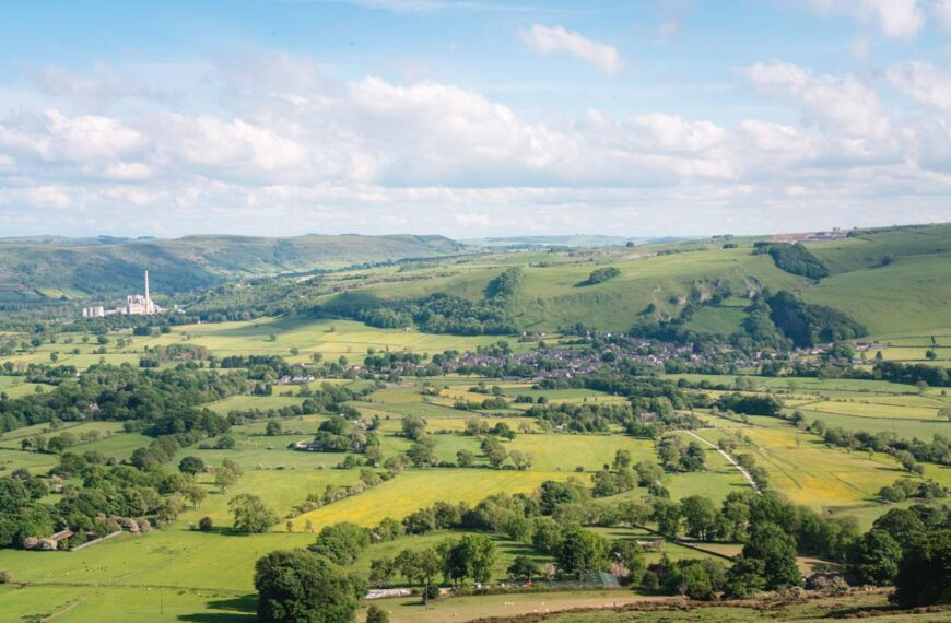 The Ultimate Guide to the Mam Tor Walk, Peak District